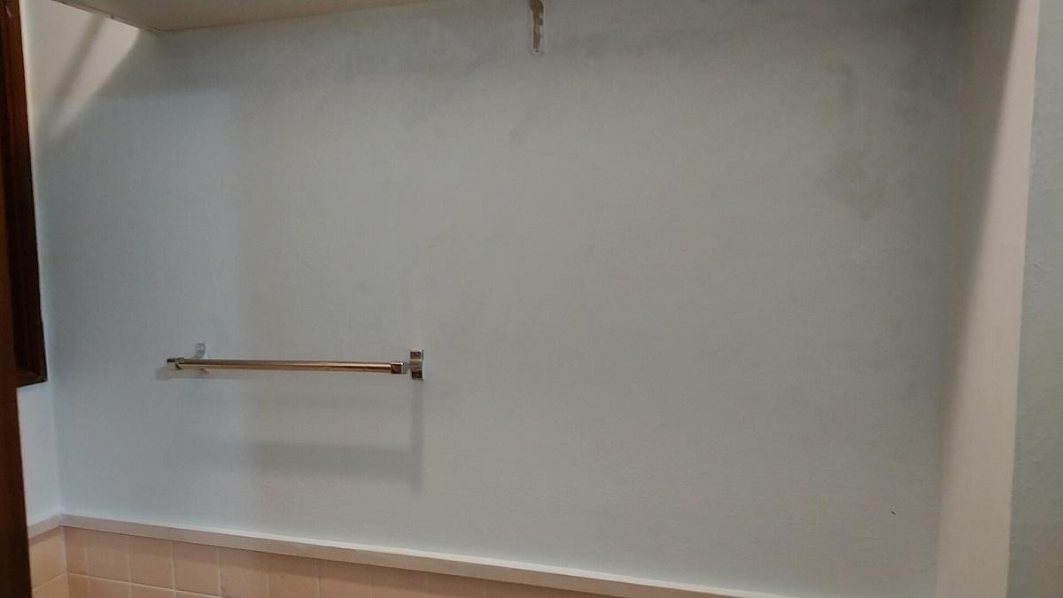 工房トイレの壁