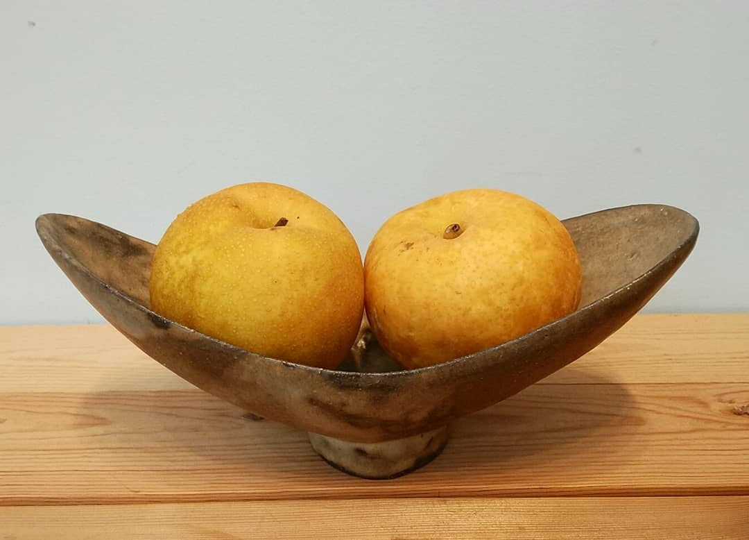 羽型変わり鉢+梨